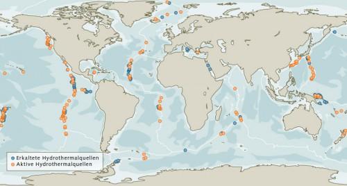 Abb. 2.27 > Die Zahl hydrothermaler Quellen lässt sich nur schwer bestimmen, da diese über den ganzen Globus verteilt sind. Sicher bekannt sind 187 aktive und 80 inaktive Hydrothermalquellen, an denen sich Massivsulfide gebildet haben. © Geomar
