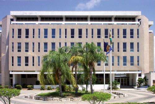 Abb. 4.3 > Die Internationale Meeresbodenbehörde in Kingston, Jamaika, arbeitet  daran, die Rohstoffe des Meeresbodens gerecht aufzuteilen. © ISA (International Seabed Authority)