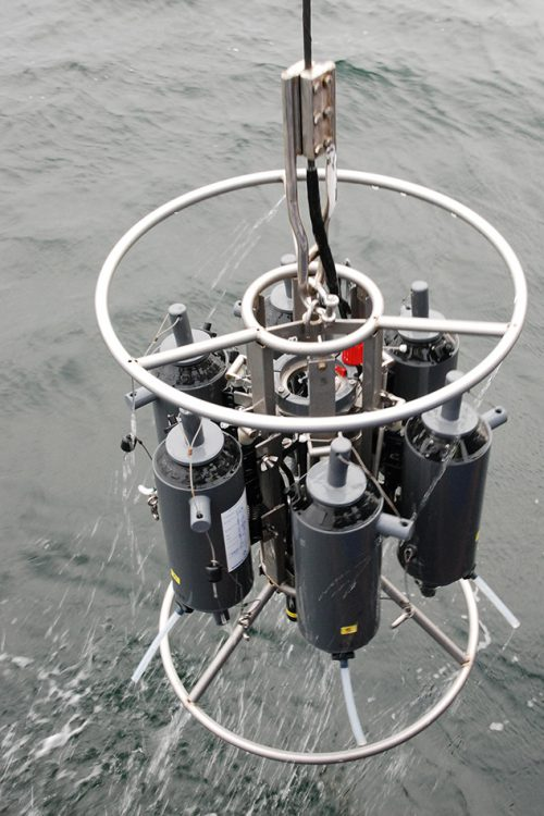 fig. 3.6: Scientists have regularly studied the water at a certain location in the Eckernförde Bay on the Baltic Sea coast since 1957. Nowadays they use modern water samplers that take water samples at different depths. © Maike Nicolai, Geomar